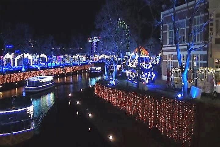 ハウステンボス 光の王国イベント、光のパレード水上ショー インスタ映え