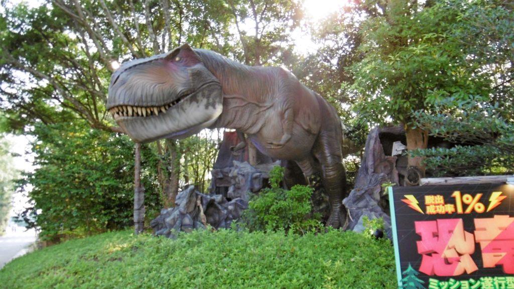 ハウステンボスのダックツアーで恐竜の森へ
