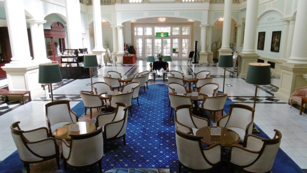 ハウステンボス唯一の園内ホテル、ホテルアムステルダムのロビー