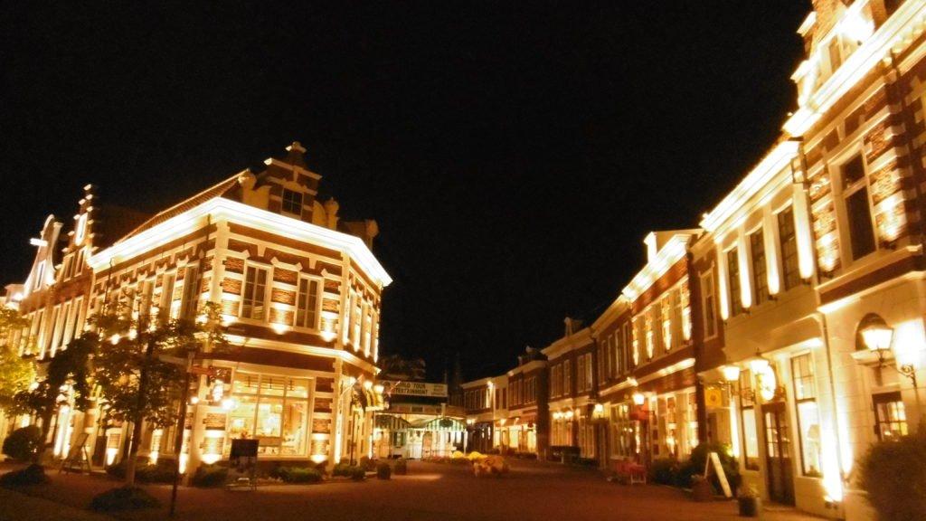 ハウステンボス、アムステルダム広場周辺の夜景、イルミネーション インスタ映え