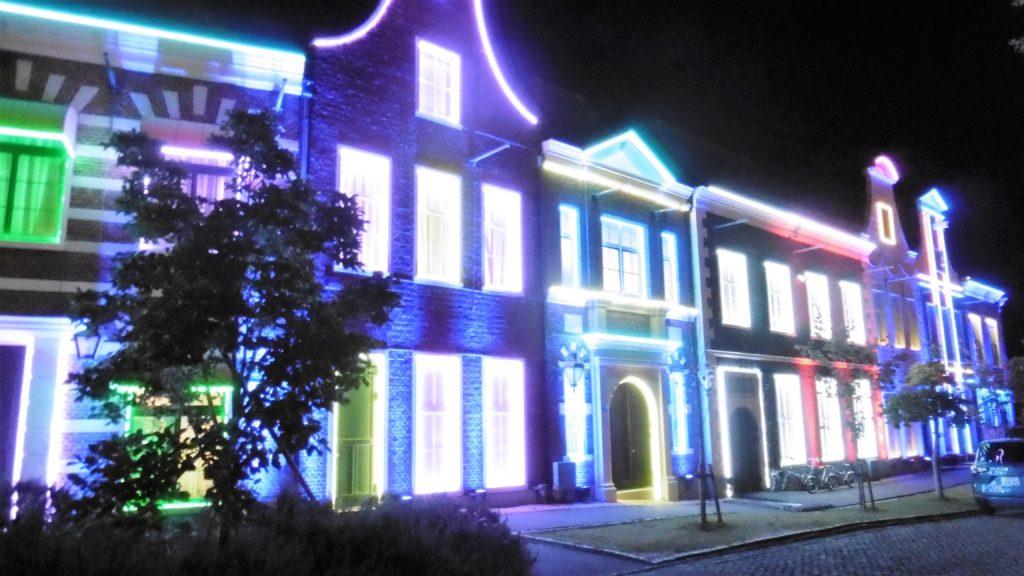 ハウステンボス 光の王国 アトラクションタウンのイルミネーション インスタ映え
