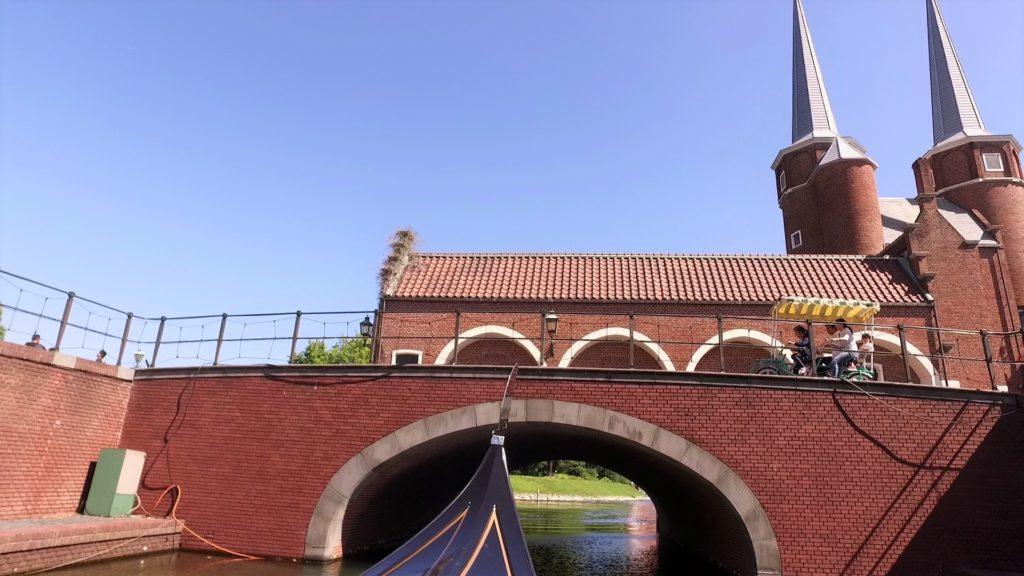 ハウステンボスでゴンドラ遊覧を体験 チョコラーテ橋