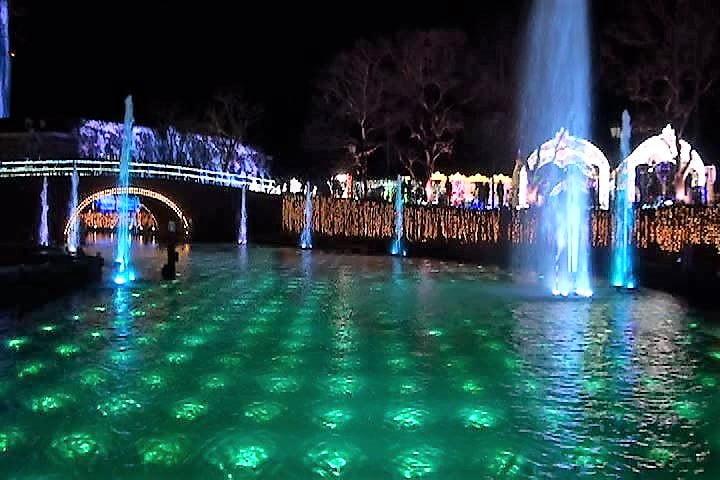ハウステンボス 光の王国 光と噴水の運河クルーズ貸切り