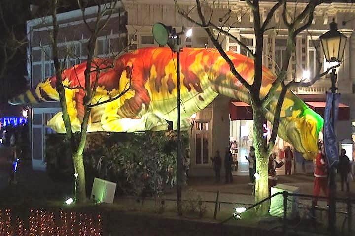 ハウステンボス 光の王国イベント、光のパレード